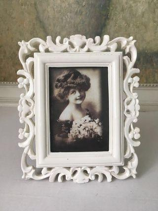 Small Antique-inspired Photo Frame