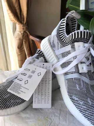 [REDUCED] NEW Adidas NMD R1 Primeknit White Black Shoes