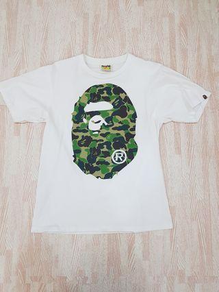 🚚 BAPE Green Ape head White Tee size S