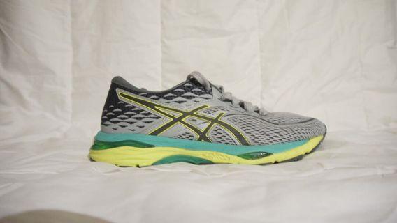 Asics Gel Cumulus 19 women's running shoes