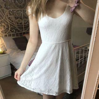 Hollister OL lace dress 斯文裙