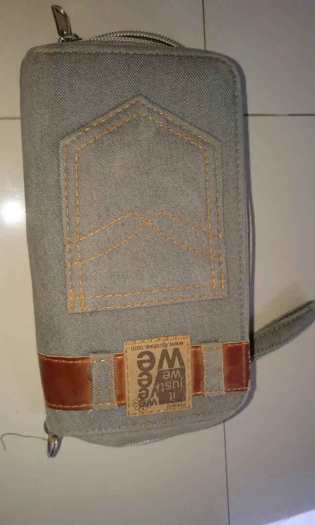Dompet bahan jeans