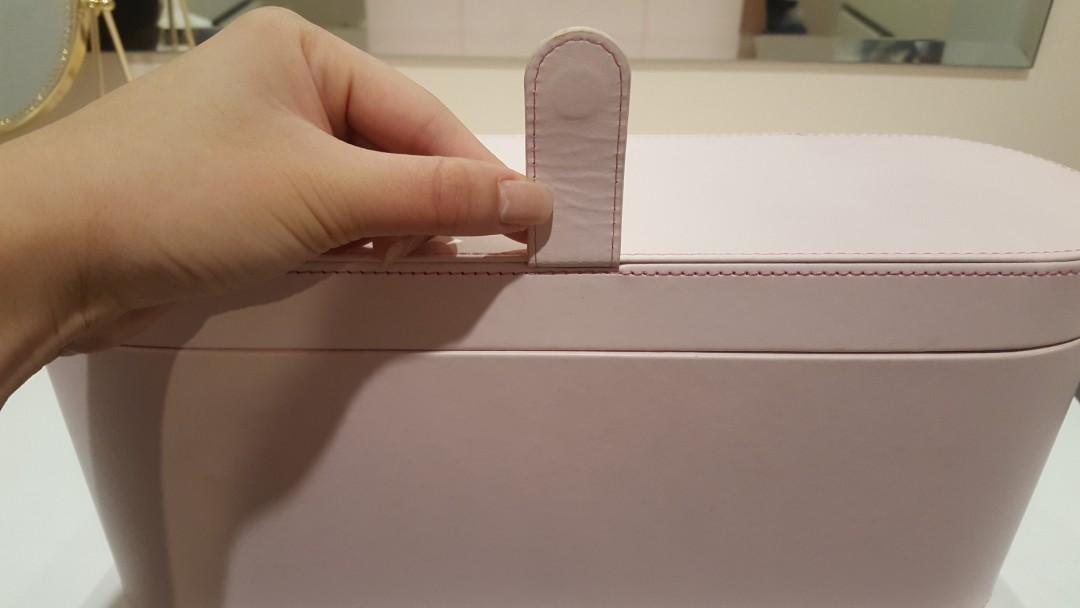 Dyson Supersonic Presentation Case Pink Storage Box