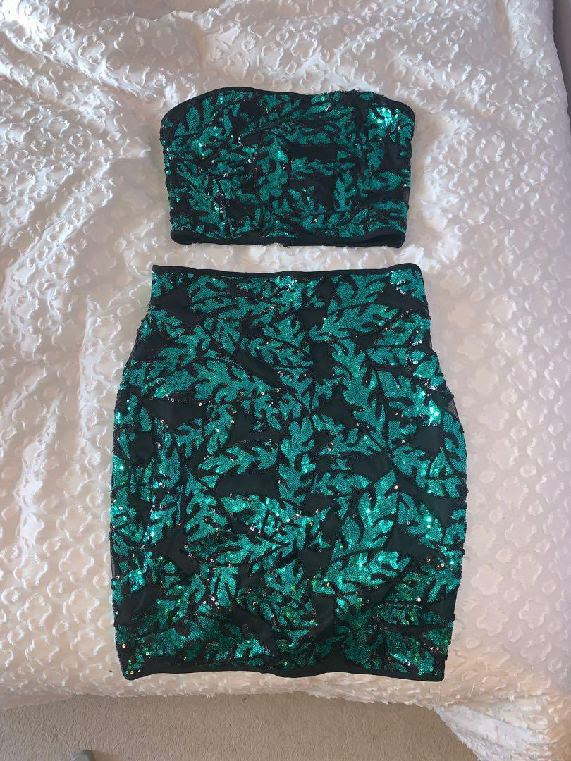 Fashionnova Costa Rica Night Sequin Set . size small