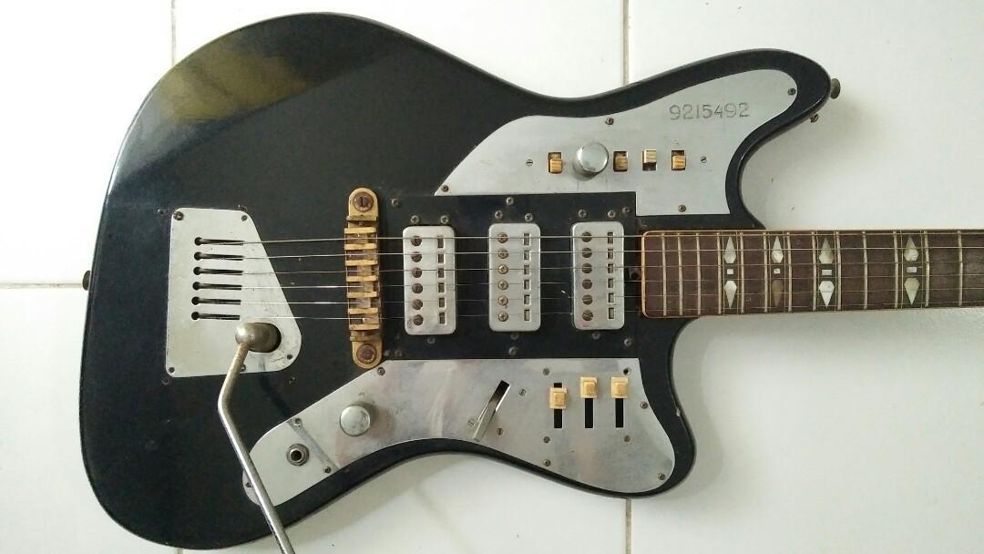 Gitar kuno Hofner 177 tahun 1960an