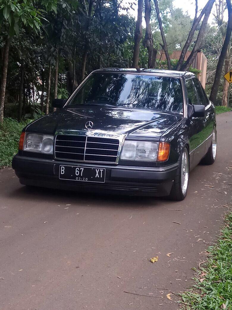 Jual cepat Mercedes benz w124 230e