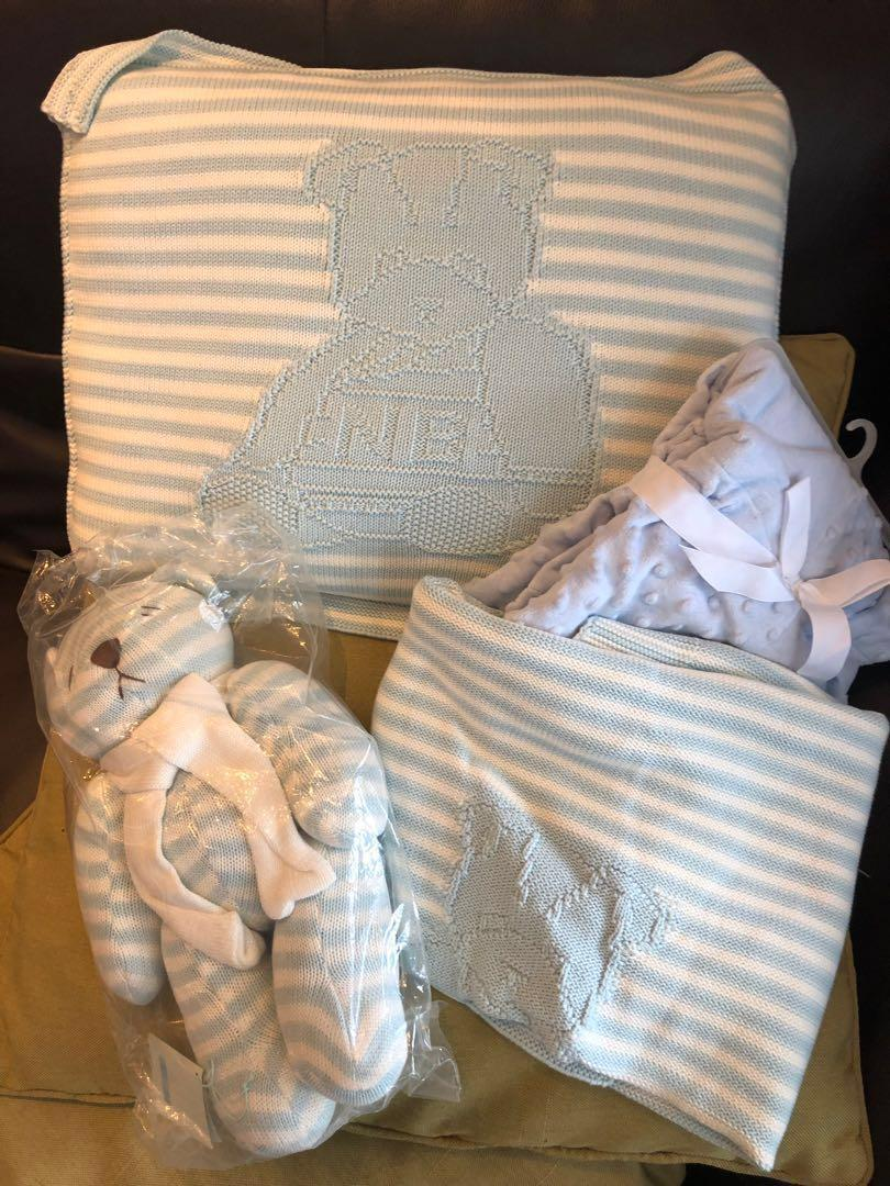 Nicolas and Bear bed set in baby blue
