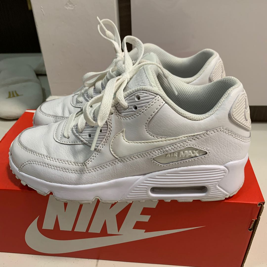 new concept d2dc8 fc990 Nike Air Max 90 Leather Womens / Kids