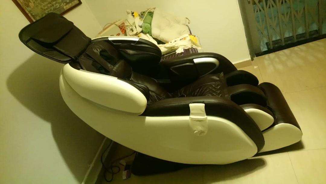 Oto ES-05A 搬屋 9成新 小用  3D全能按摩椅