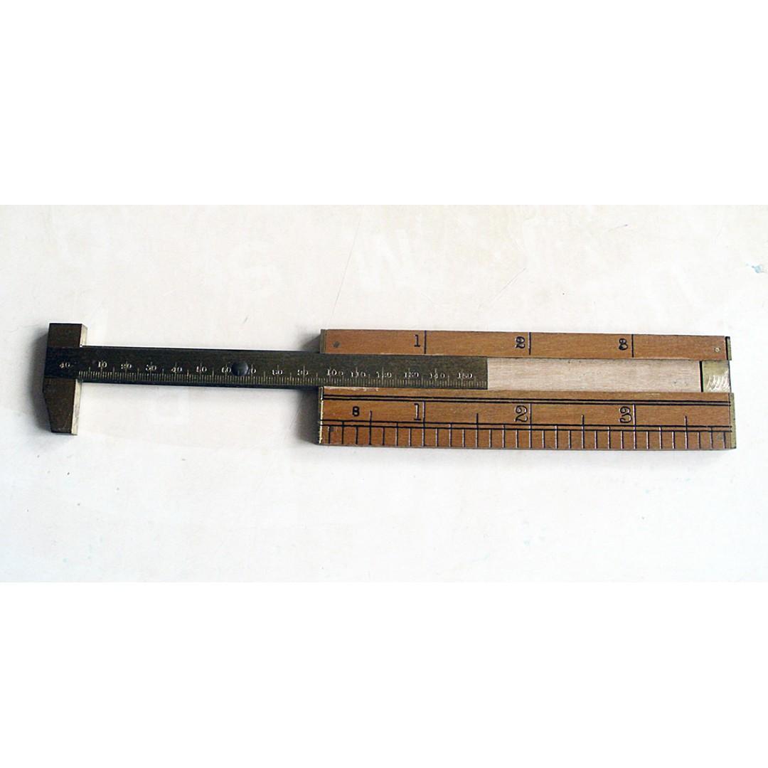 早期英國Rabone Chesterman製造木質迷你卡尺一把