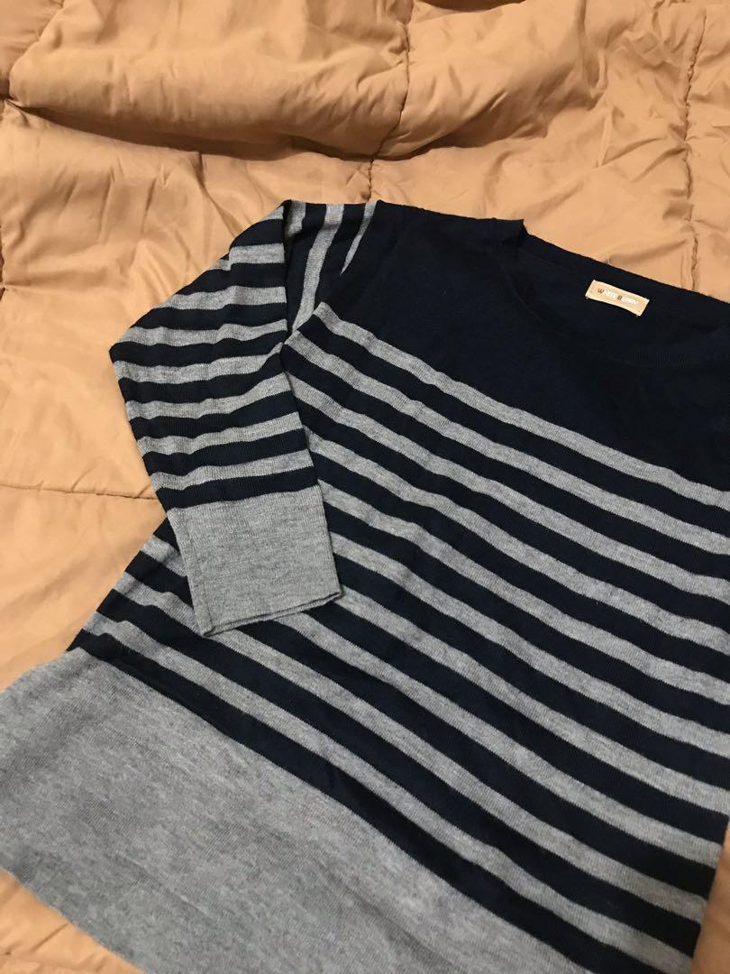 Stripes Sweatshirt (100k get 3)