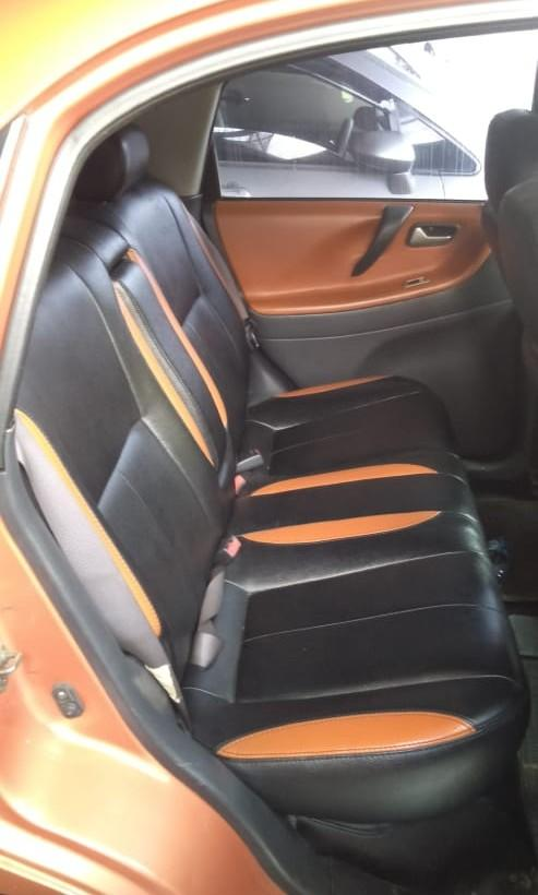 Suzuki Baleno next G matic 2005 warna orange