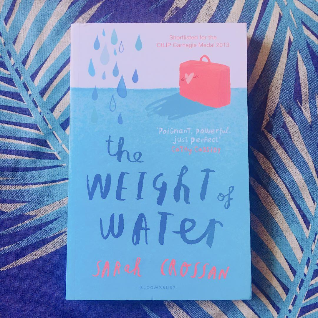The Weight of Water (English book) by Sarah Crossan