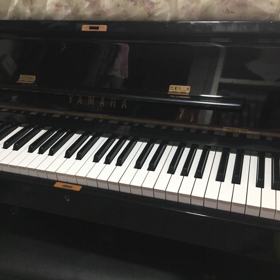 Yamaha u1  證書已遺失了 琴齡30年以上 剛調完琴 包暖管