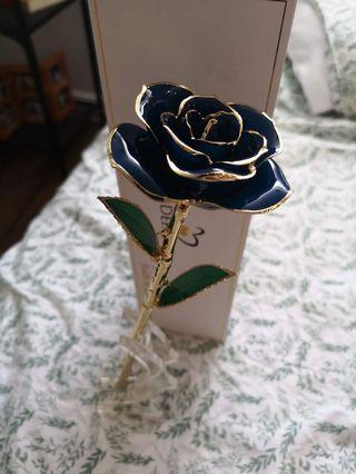 Defaith Gold Rose with Stand