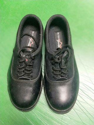 🚚 工作安全鞋