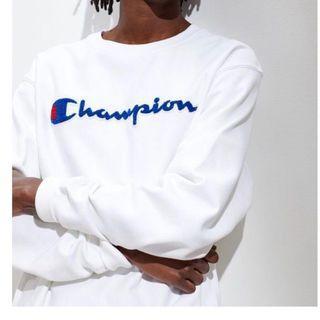 🚚 Champion sweatshirt 大學T 衛衣 白底藍logo
