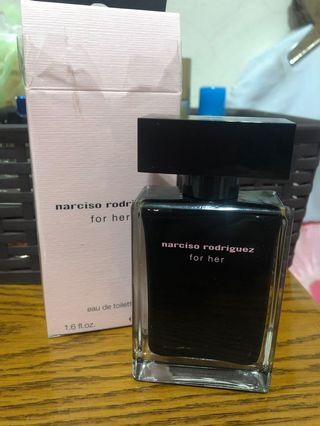 Narciso rodriguez for her薪水