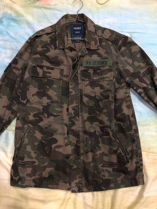 Oull and Bear Jaket Camo Army