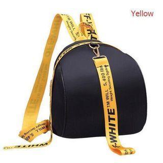 Tas Ransel OFF WHITE bodi tas hitam, tali kuning. Foto terakhir ilustrasi pemakaian.