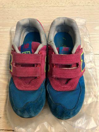 New Balance中童波鞋33.5碼