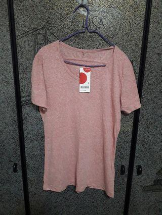 🚚 Eight Seconds L size T-shirt bought from Korea