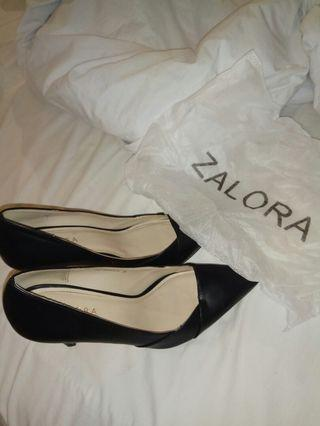 Sepatu - Zalora