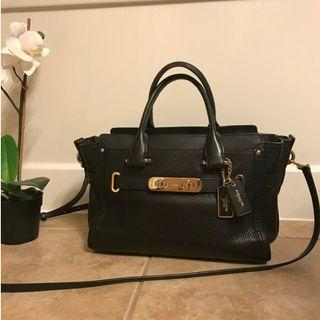 COACH Swagger 27 - Pebble Leather