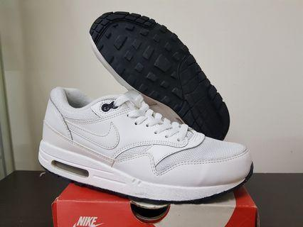 Nike Airmax 1 Triple White