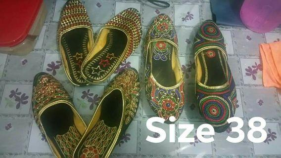🚚 Slip in flat shoes