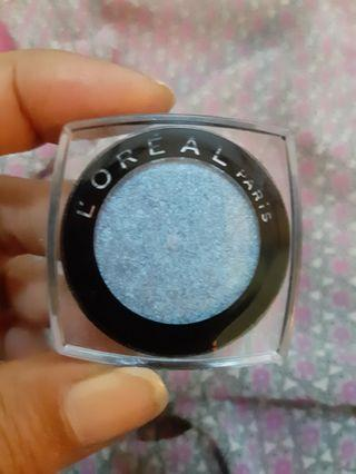 L' OREAL Eyeshadow ( 007 unlimited sky)