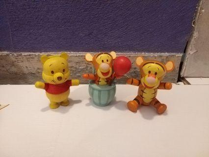 WALYDISNEY廸士尼  7-11換購樹脂製 Winnie the Pooh小熊維尼+跳跳虎 擺件1套3隻