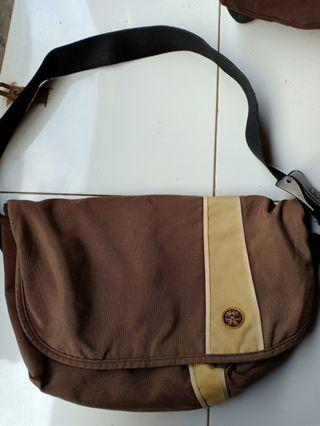 Sling Bag Crumpler Brown
