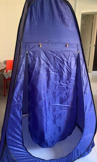 (RENT) Changing Tent
