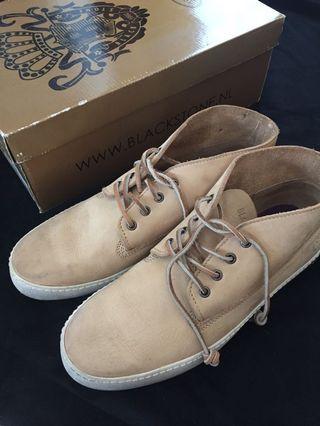 Blackstone Nubuck Leather Desert Boots