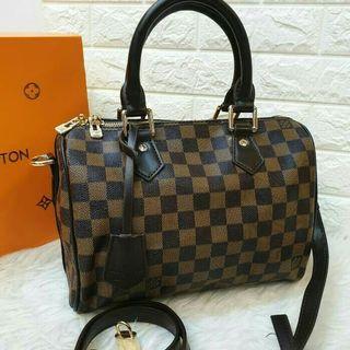 Louis Vuitton Speedy bandolier