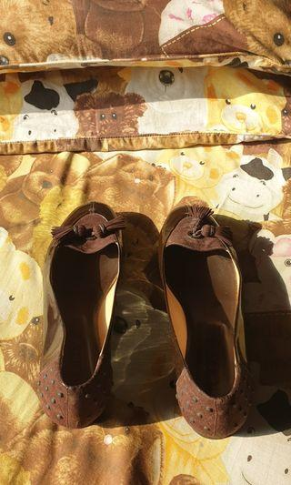 Tods flat shoes size 38