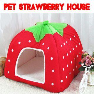 🚚 Model: TPE020 Pet Strawberry House for Small Animal