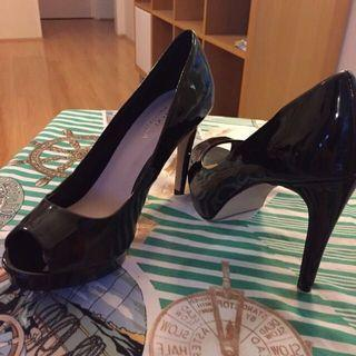 😆FREE SHIPPING* under 500g😆 AU7  CARVELA Black Peep Toe High Heels