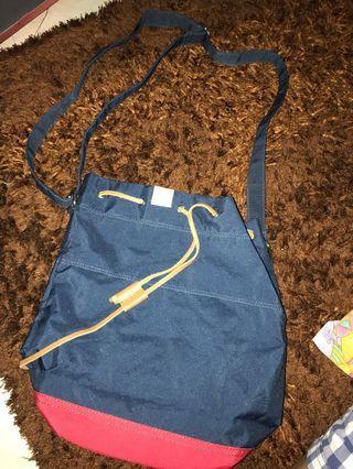 REPRICE: HERSCHEL SLING BAG
