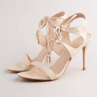 MDS heels