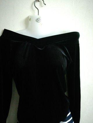 Velvet black off shoulder top