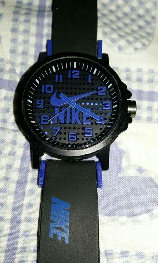 Unused Gift New Nike Analog Watch with Rubber Strap (not authentic)
