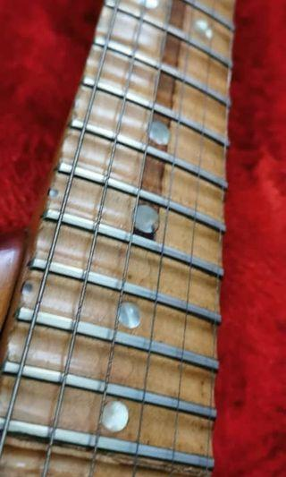Handcrafted mod fender body/scalloped fretboard by Julian Mokhtar