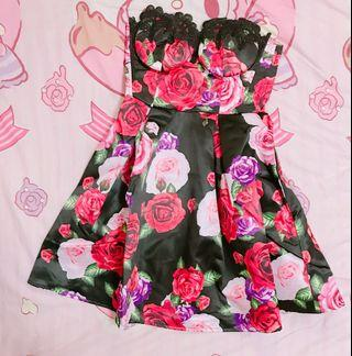 Italian brand manosque roses gown dress size S New 宴會 晚裝