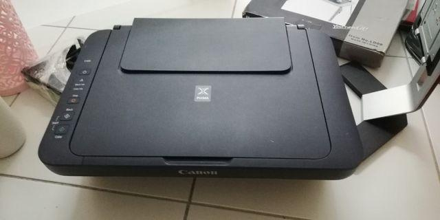 Canon Printer e400 with refill ink..