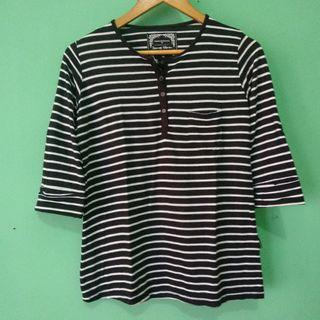 #BAPAU kaos stripes item putih