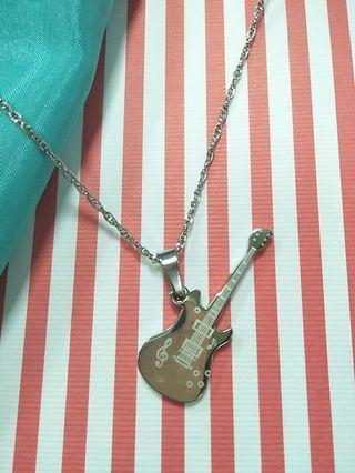 🚚 不鏽鋼個性吉他項鍊