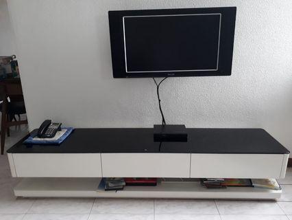 TV Console (2m)