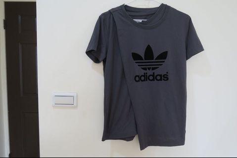 Adidas original 兩件式特殊設計上衣